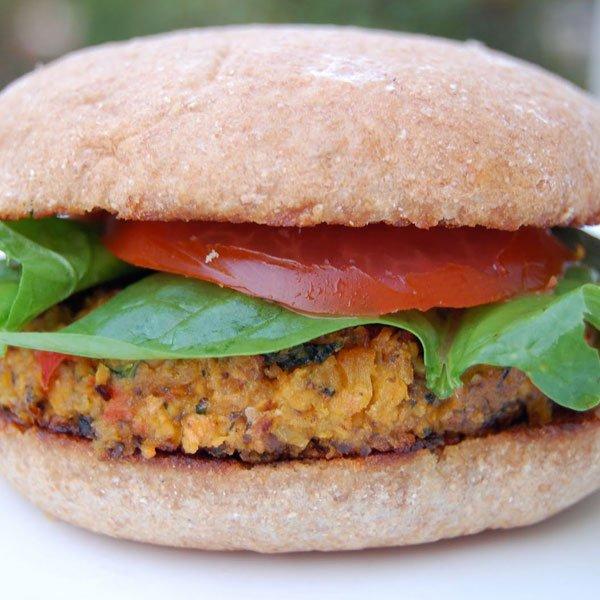 Veggie Burgers Recipe ~ Burger végétalien pour l'été